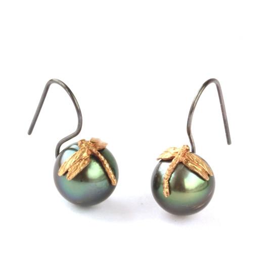 Tahiti perle øreringe. Design: Ossip Frolov